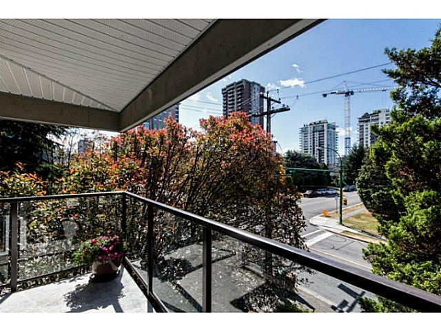 # 303 1515 CHESTERFIELD AV - Central Lonsdale Apartment/Condo for sale, 2 Bedrooms (V1129039) #13