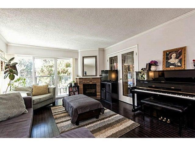 # 303 1515 CHESTERFIELD AV - Central Lonsdale Apartment/Condo for sale, 2 Bedrooms (V1129039) #3