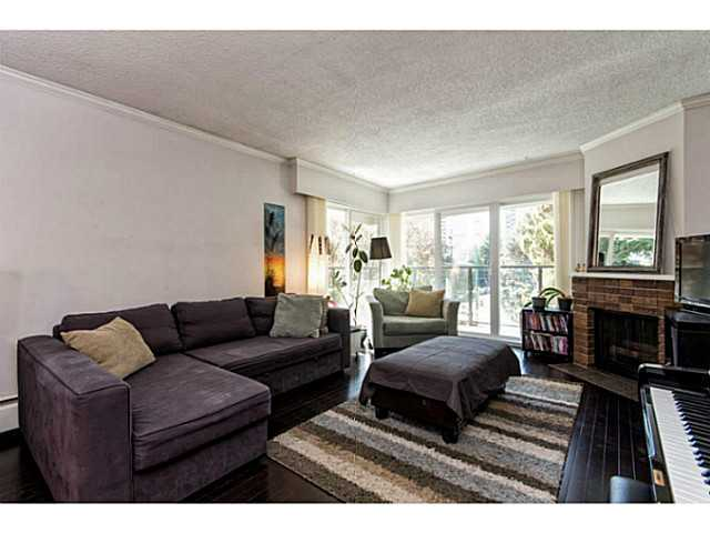 # 303 1515 CHESTERFIELD AV - Central Lonsdale Apartment/Condo for sale, 2 Bedrooms (V1129039) #4