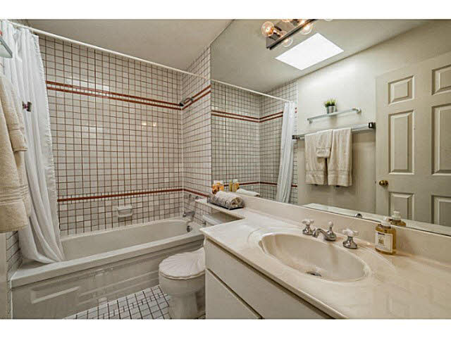 261 E 11TH STREET - Central Lonsdale Townhouse for sale, 5 Bedrooms (V1142451) #15