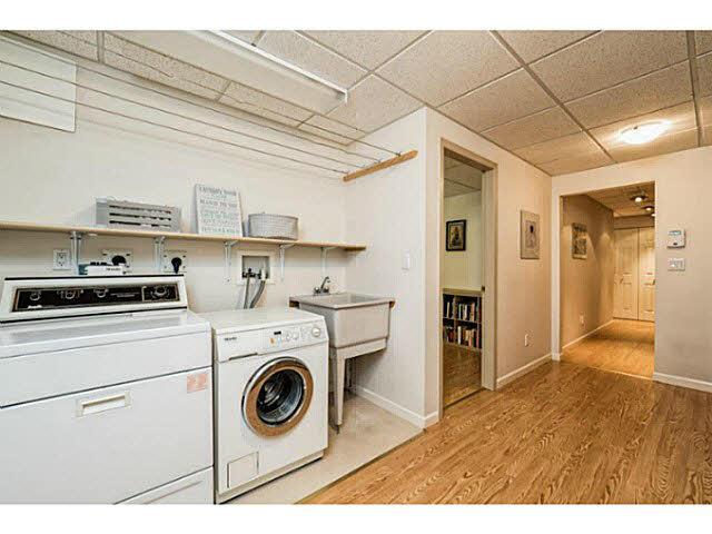 261 E 11TH STREET - Central Lonsdale Townhouse for sale, 5 Bedrooms (V1142451) #19