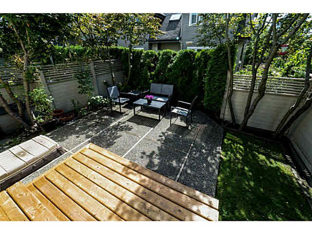 261 E 11TH STREET - Central Lonsdale Townhouse for sale, 5 Bedrooms (V1142451) #3