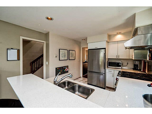 261 E 11TH STREET - Central Lonsdale Townhouse for sale, 5 Bedrooms (V1142451) #6