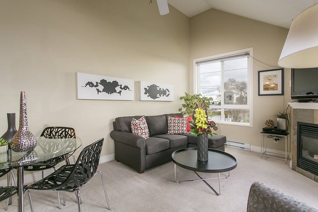 402 128 W 21 STREET - Central Lonsdale Apartment/Condo for sale, 2 Bedrooms (R2043028) #2