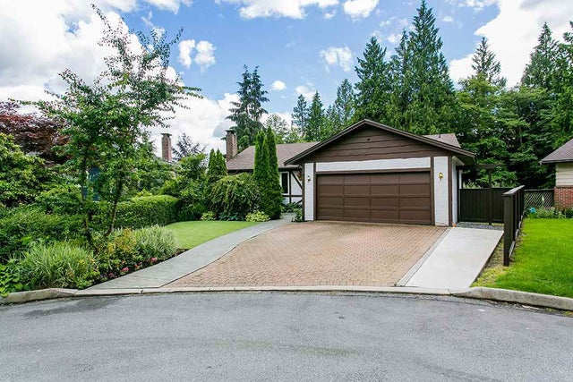 4327 RUTH CRESCENT - Lynn Valley House/Single Family for sale, 4 Bedrooms (R2080432) #1