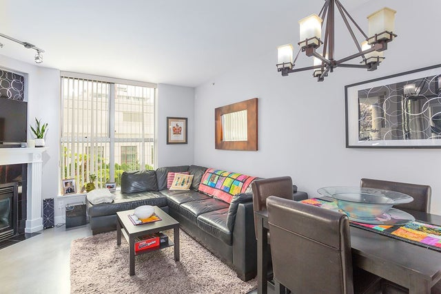 401 160 E 13 STREET - Central Lonsdale Apartment/Condo for sale, 2 Bedrooms (R2194983) #11