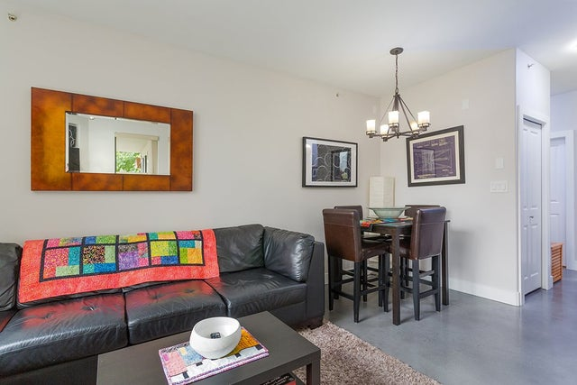 401 160 E 13 STREET - Central Lonsdale Apartment/Condo for sale, 2 Bedrooms (R2194983) #12