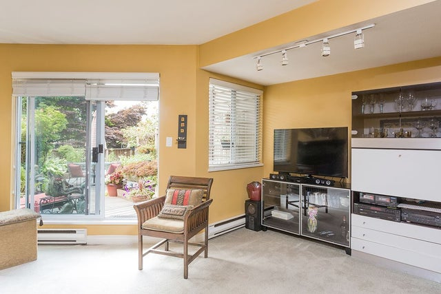 203 E KEITH ROAD - Lower Lonsdale Townhouse for sale, 2 Bedrooms (R2195141) #3