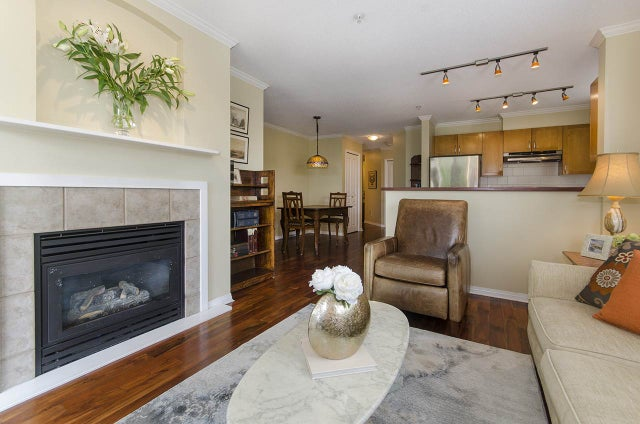 104 365 E 1 STREET - Lower Lonsdale Apartment/Condo for sale, 2 Bedrooms (R2270305) #19