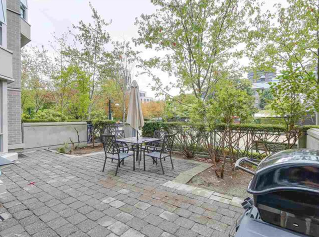 #201-500 West 10 Avenue - Fairview VW Apartment/Condo for sale, 2 Bedrooms (R2209253) #1